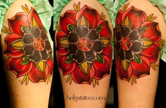 old school neo traditional tattoo rose rosa flor цветок цветочек красивая роза tatuaje тату в традиционном стиле традиция олд скул традишнл   цветная татуировка в спб Санкт-Петербурге исправление перекрытие некачественных старых татуировок портаков кавер