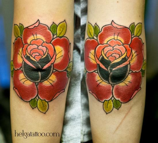 локти роза цветы rose rosa flowers flower elbows flor girl sweet old school neo traditional tattoo tatuaje тату в традиционном стиле традиция олд скул традишнл   цветная татуировка в Санкт-Петербурге