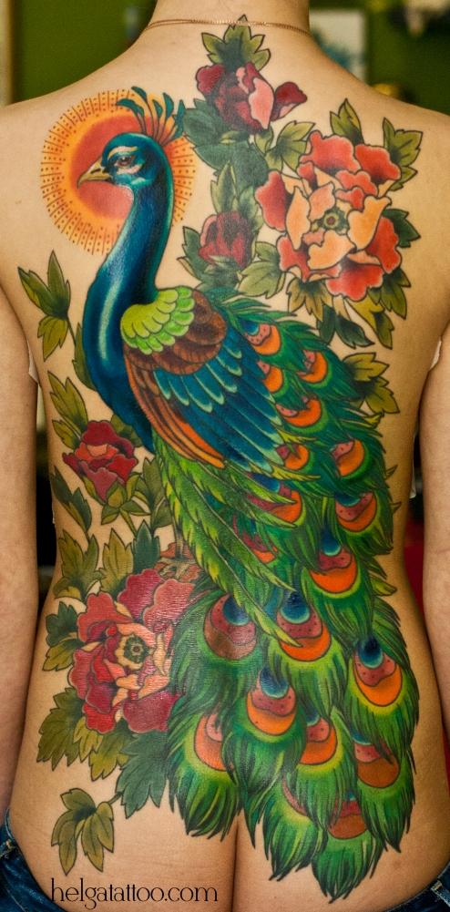 peony peonia пион павлин цветы птица исправление pavo real перекрытие некачественных старых татуировок портаков кавер old school neo traditional tattoo tatuaje тату в традиционном стиле традиция олд скул традишнл   цветная татуировка в Санкт-Петербурге