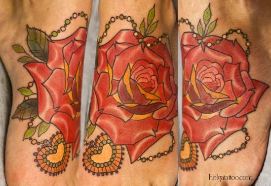 роза сердце rosa heart corazon old school neo traditional tattoo tatuaje medallion медальон бусы тату в традиционном стиле традиция олд скул традишнл for girl beautiful цветная татуировка  в Санкт-Петербурге