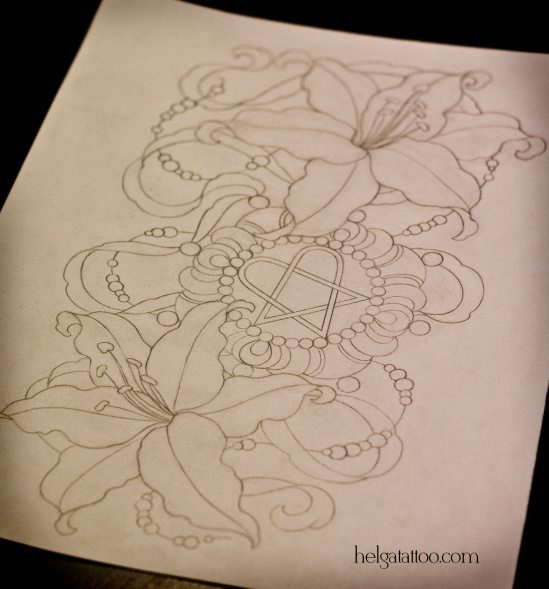 old school neo traditional tattoo tatuaje him медальон lilies тату в традиционном стиле традиция олд скул традишнл   цветная татуировка  в Санкт-Петербурге