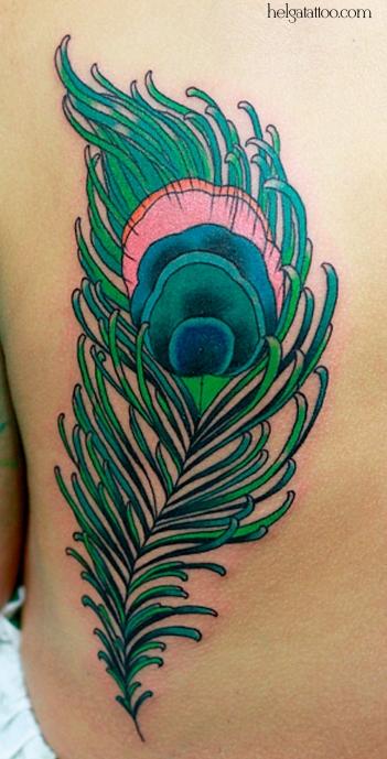 feather peacock перышко old school neo traditional tattoo tatuaje тату в традиционном стиле традиция олд скул традишнл   цветная татуировка  в Санкт-Петербурге cover up исправление перекрытие некачественных старых татуировок портаков кавер
