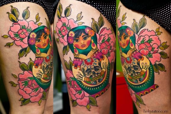 old school neo traditional tattoo girl doll Día de los Muertos matrioshka day of the Dead  mexican день мертвых череп skull flower цветы  tatuaje тату в традиционном стиле традиция олд скул традишнл   цветная татуировка  в Санкт-Петербурге